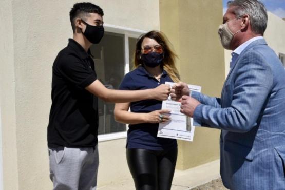 Arcioni anunció 38 nuevas viviendas para Comodoro Rivadavia
