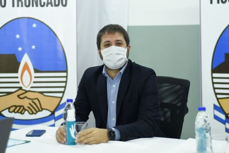 """Leadro Zuliani: """"Las obras son significativas porque traen aparejadas soluciones para los vecinos y vecinas de Pico Truncado"""""""
