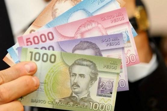 A cuánto está el peso chileno este jueves 15 de abril
