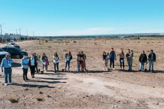 Dolavon: continúa la entrega de terrenos sociales en el nuevo barrio Antonia Felicidad Ledesma