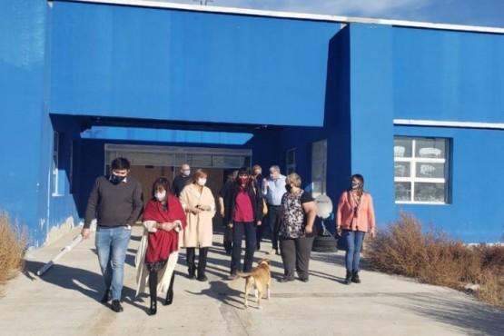 Realizaron recorrido en instituciones educativas de Pico Truncado.