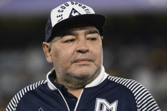 Diego Maradona y sus celulares en 2020: 6 líneas distintas y 7 de 10 llamadas ignoradas
