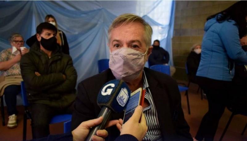 Dr. Claudio Vázquez.