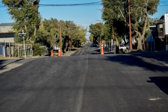 Terminaron el asfaltado de la calle Alvear.