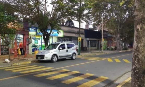 Viral: La insólita loma de burro falsa que pintaron los vecinos