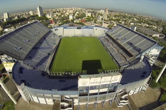 El Gobierno habilitará que los partidos de Libertadores y Sudamericana se disputen de noche en el AMBA