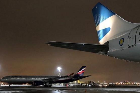 Se retrasó el vuelo de Aerolíneas: se espera una