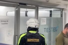 Descubrieron una fiesta clandestina en un centro de testeo contra el coronavirus