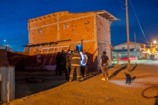 Bomberos controlaron incendio en Río Gallegos  (Foto: Leandro Franco)