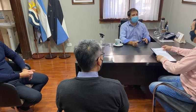 Intendente Grasso pidió vacunas para municipales que están realizando tareas esenciales en Río Gallegos