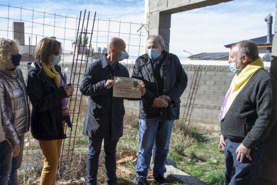 El intendente Cotillo visitó la sede que construye el Club de Leones de Caleta Olivia