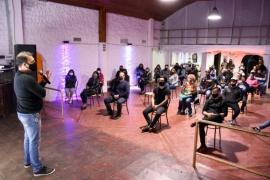 Municipio analiza nuevos protocolos para hacedores culturales y sociales