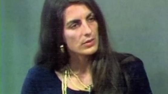 Christine en la TV.