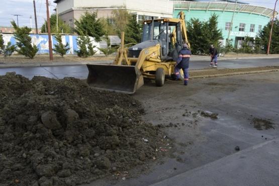 Avanzan los trabajos de reacondicionamiento en la Ciudad de Río Gallegos