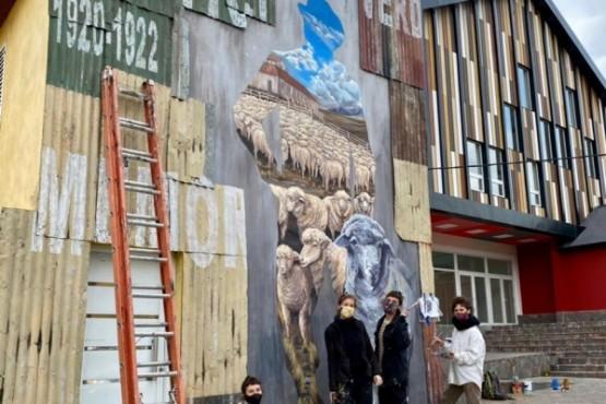 La obra que recuerda a los obreros de las Huelgas Patagónicas en El Calafate