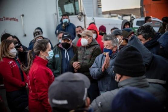 Avanzan los camiones con bienes esenciales a Tierra del Fuego