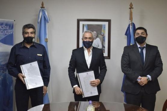 De la Torre junto a José Luis Cortés y el Presidente del Tribunal de Cuentas.