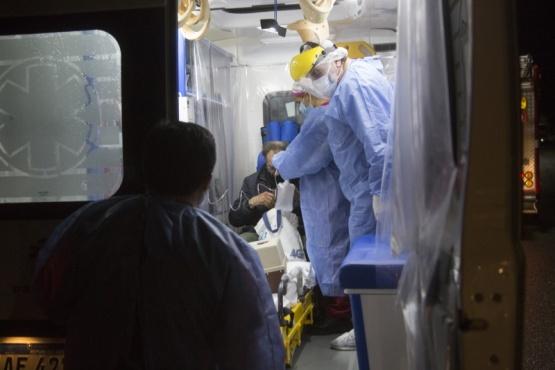 El hombre fue asistido con oxígeno y llevado al Hospital. (Foto: C.G.)