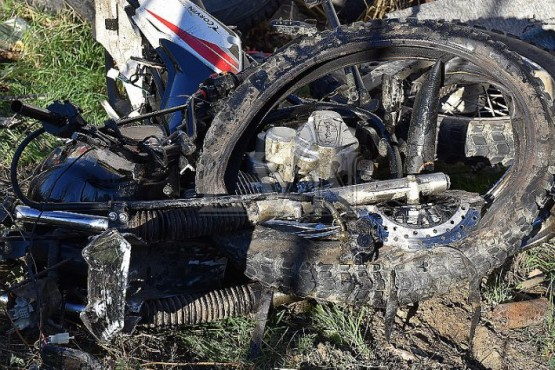 Fatal accidente vial en la ruta 12: Murió un motociclista al impactar contra un auto
