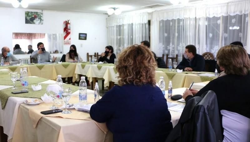 Reunión de Verbes y Flores con ediles de la Cuenca.