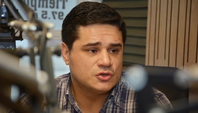 Martín Chávez en Tiempo FM (foto archivo)
