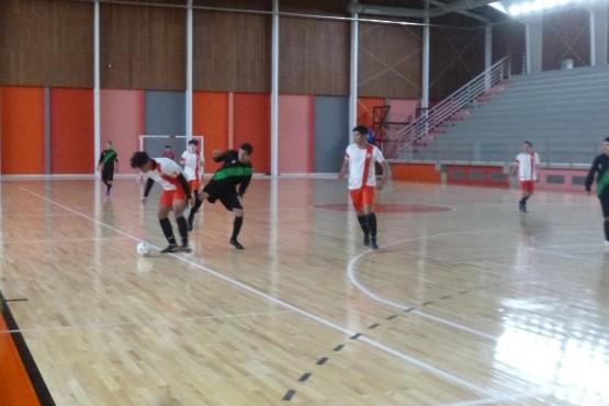 Se disputó la tercera fecha del torneo complementario.