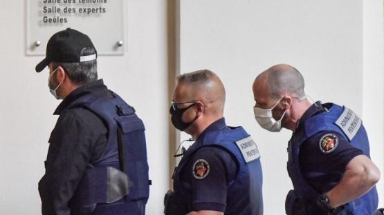 Francia: un hombre roció con gasolina a su esposa y la quemó viva