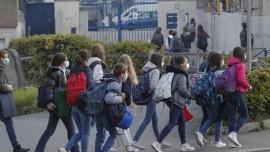 Francia prohíbe el lenguaje inclusivo en escuelas