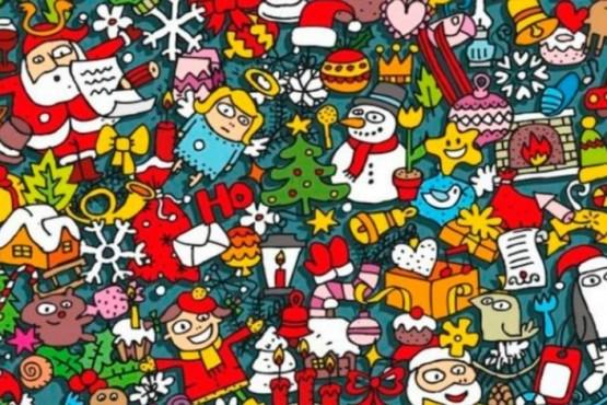 Ubica el dulce verde entre los regalos navideños