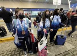 De oro: llegaron las campeonas a Río Gallegos