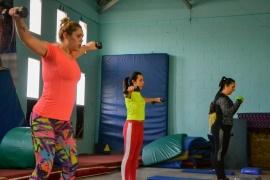 El entrenamiento funcional tiene su espacio en el gimnasio Lucho Fernández de Río Gallegos