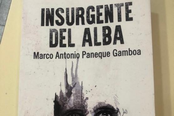 """Marco lanza su segundo libro llamado """"Insurgente del Alba""""."""