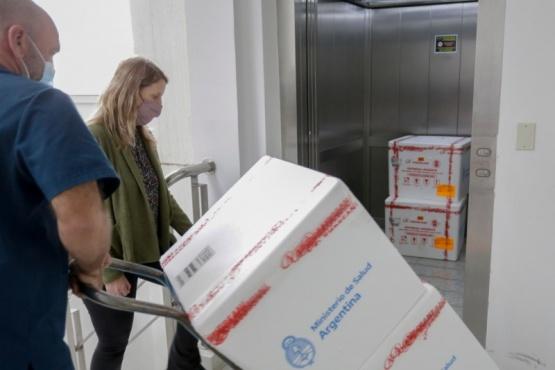 Llegan a Chubut 6.600 nuevas dosis de Sputnik V