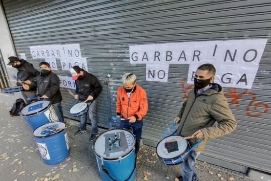 Embargue y secuestro de mercadería tras el cierre de Garbarino de Río Gallegos
