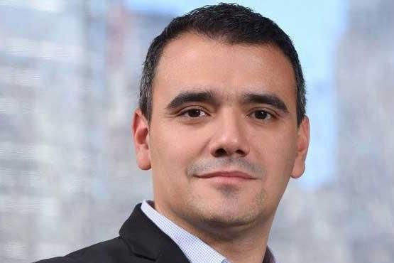 Rodrigo Espinosa, gerente de Comunicación de Camuzzi.