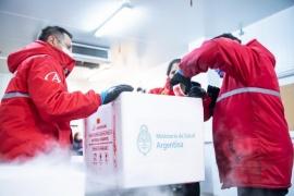 Más de 8600 vacunas contra el COVID llegan a Santa Cruz