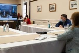 Reunión de Alicia Kirchner y Alberto Fernández para analizar nuevas medidas