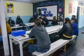 Integrantes de la Casa de la Juventud se forman para atender diversas problemáticas