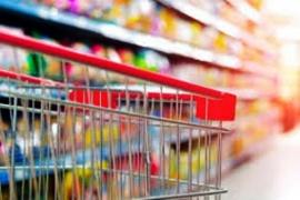 Nación lanza canasta de precios fijos con 70 productos esenciales