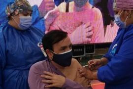 Se vacunó el intendente Pablo Grasso