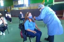 Otro sector docente también pido vacunas