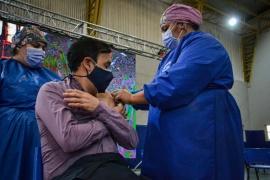 """Pablo Grasso se vacunó con la esperanza de """"volver a la normalidad que tanto extrañamos"""""""