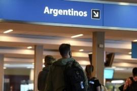Coronavirus: Detectan la variante Delta en un joven de 26 años que viajó desde Estados Unidos