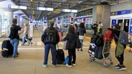 Rige la restricción de vuelos y el límite de ingreso diario de 600 pasajeros