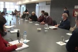 Eugenio Quiroga encabezó una reunión entre funcionarios provinciales y municipales en Caleta Olivia