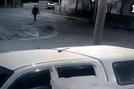Cortó a un policía con un cuchillo