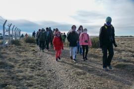 Decenas de personas participaron de la visita guiada a la Reserva Costera Urbana