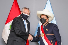Alberto Fernández mantuvo un encuentro con Pedro Castillo en Lima
