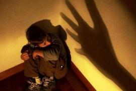 Dos menores demorados por el homicidio de su padre en un hecho de violencia intrafamiliar