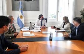 Anunciaron obras por cinco mil millones de pesos en conectividad para Santa Cruz